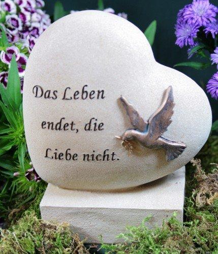 """Grabherz mit Taube \""""Das Leben endet, die Liebe nicht\"""""""