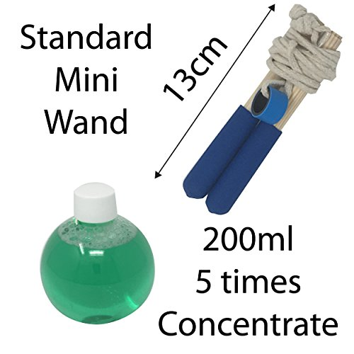 Image of Giant Bubbles Pocket Kit by Dr Zigs for Outdoor Kids Fun – Mini Loop Wand Bubble Wands with 200ml 5x Concentrate Solution Mix, Bucket Included Too. Not Standard Soap Mixture, Special Big Bubble Guarantee Mix – 100 % Safe CE Marked