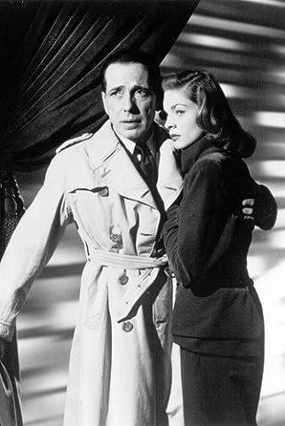 Moviestore Humphrey Bogart als Frank McCloud unt Lauren Bacall als Nora Temple in Key Largo 91x60cm Schwarzweiß-Posterdruck