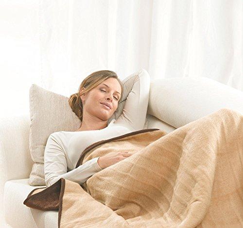 Beurer HD 100 Couverture chauffante extra-grande | Microfibre polaire | Arrêt automatique | Lavable en machine | Couverture respirante pour canapé et lit | 200 x 150 cm
