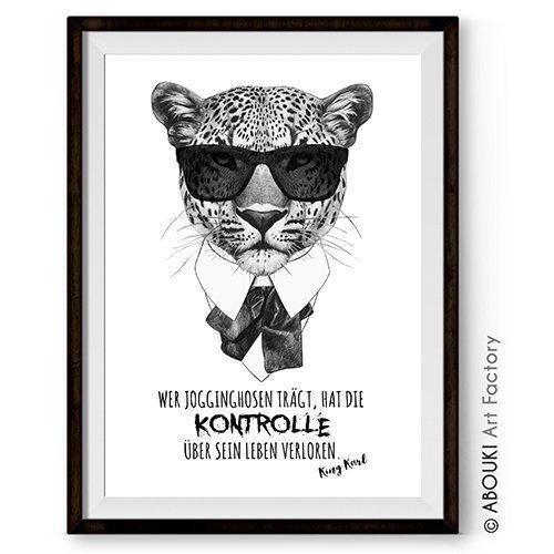"""ABOUKI lustiger Kunstdruck - ungerahmt - """"Karl und die Jogginghose"""" Poster, Geschenk-Idee"""