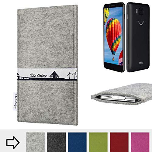 flat.design für Vestel V3 5030 Schutz Hülle Handy Case Skyline mit Webband Ostsee - Maßanfertigung der Schutztasche Handy-Tasche aus 100% Wollfilz (hellgrau) für Vestel V3 5030