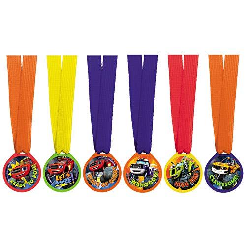 12 Medaillen