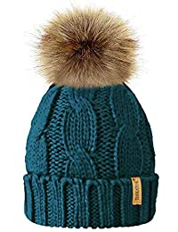 a8384408103a5 TOSKATOK Ladies Chunky Soft Cable Knit Hat with Cosy Fleece Liner and  Detachable Faux Fur Pompom