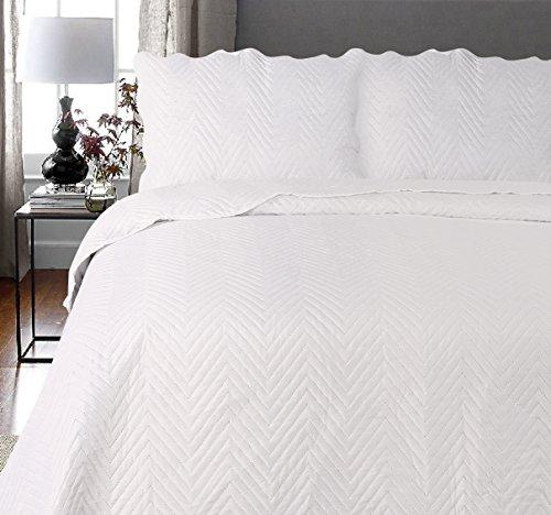 Uni Couette Chaude pour lit Patchwork Édredon Jeté de lit   Polyester   Taille 220 x 240 cm   Arcade Crème   par Mode de Coton