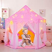 RenFox Princess House offre un grande spazio segreto per le vostre adorabili ragazze. Precauzioni di installazione Quando si uniscono i poli insieme ai connettori in plastica, assicurarsi che ogni asta completa abbia un foro nella parte super...