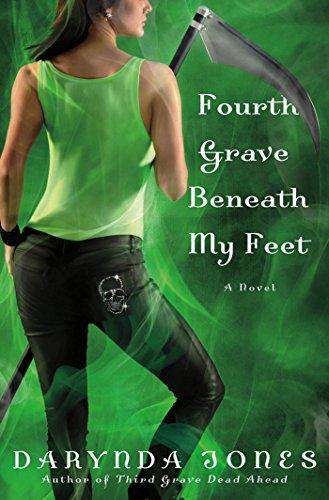 Fourth Grave Beneath My Feet (Charley Davidson Book 4) (English Edition)