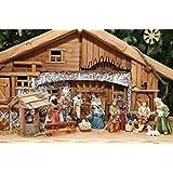 BTV - Juego de figuras para belén (14 figuras de 12 cm, incluye set decorativo, un pozo con luces LED, varios animales, 1 pesebre, cestas, bancos y otras decoraciones)