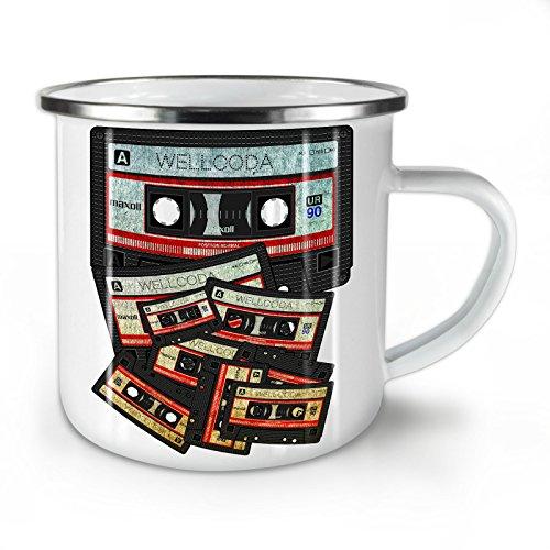 Wellcoda Musik Kassette Band Emaille-Becher, 90er Jahre - 10 Unzen-Tasse - Kräftiger, griffiger Griff, Zweiseitiger Druck, Ideal für Camping und Outdoor