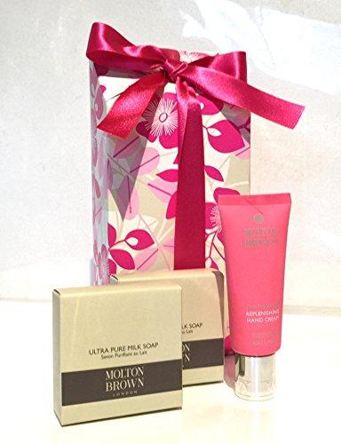 molton-brown-pink-blossom-gift-box