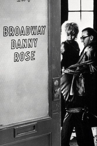 Moviestore Woody Allen als Danny Rose unt Mia Farrow als Tina Vitale in Broadway Danny Rose 91x60cm Schwarzweiß-Posterdruck -