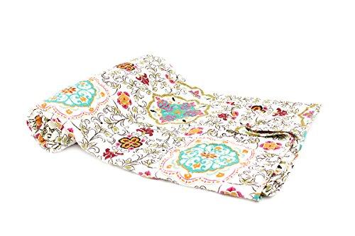 Tagesdecke Aida 230x250cm Barock Ranken Orient Vintage Plaid Quilt Decke