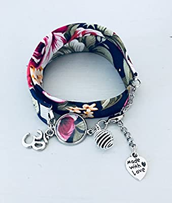 Bracelet à parfumer en tissu Liberty fleuri bleu marine, bracelet porte bonheur, bijou Liberty, bracelet fleur, cadeau femme