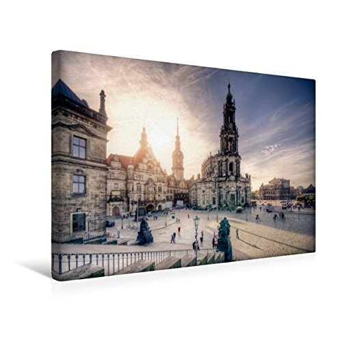 Calvendo Premium Textil-Leinwand 45 cm x 30 cm Quer, Die Hofkirche | Wandbild, Bild auf Keilrahmen,...