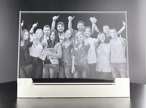 VIP-LASER 2D Glasfoto Flachglas XL (130x90x8mm) incl. Leuchtsockel und All-Inclusive-Paket (XL (130x90x8mm)) - Ihr Foto wird für immer in...