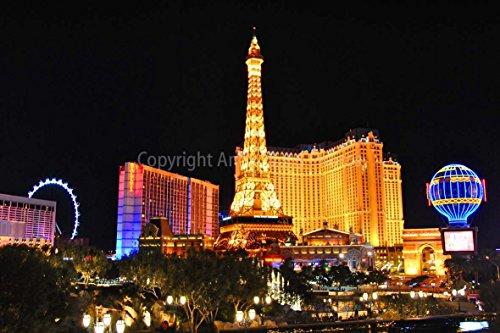 eine 45,7 x 30,5 cm Fotografieren Hochwertiger Fotodruck der Hotel Paris Casino und der Eiffelturm bei Nacht Las Vegas Nevada USA America Landschaft Foto Farbe Bild Art Print -