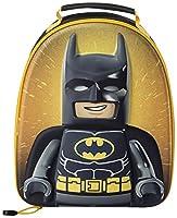 La sacca da pranzo isotermica Lego Batman è la dimensione perfetta per il pranzo di tuo figlio. Ha un compartimento foderato, una cerniera e una maniglia imbottita per il trasporto. Misura: 28,5 x 23 x 6,5 cm.