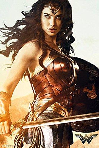 Wonder Woman Poster Sword (61cm x 91,5cm) + 2 St. schwarze Posterleisten mit Aufhängung - Wonder Woman-poster
