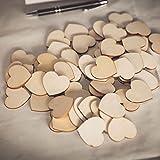 TRIXES Lot de 100 Copeaux de Bois Rustique en Coeurs d'Amour pour la Décoration et l'Artisanat   Ces superbes découpes en bois en forme de coeur peuvent être utilisées pour la décoration rustique et pour divers projets d'artisanat tels que la fabri...