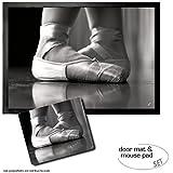 Set: 1 Fußmatte Türmatte (70x50 cm) + 1 Mauspad (23x19 cm) - Ballett, Balletschuhe, Spitzenschuhe