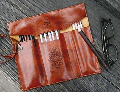 fablcrew enrollable Estuche portátil de piel sintética Vintage pluma bolsa  de maquillaje bolsa de bolsillo soporte 006604304f00