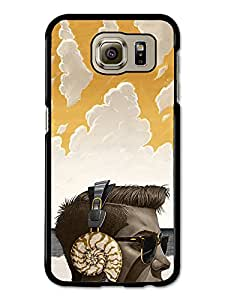 Hipster Listening to Sea through Shell Headphones Yellow Clouds Beach coque pour Samsung Galaxy S6
