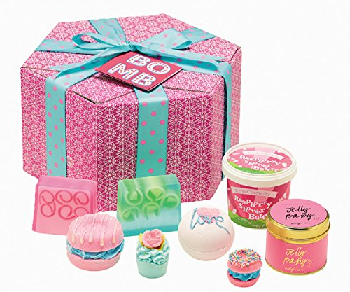 Bomb Cosmetics The Bomb Gift Pack XXL Geschenk Set Badekugel Badebombe Seife Dosenkerze (1x 8 Stück)