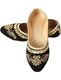 e12f640c0b9 Amazon.in  Gold - Ethnic Footwear   Women s Shoes  Shoes   Handbags