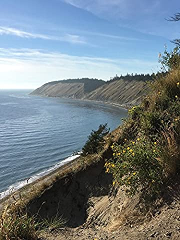 Hiking with Valentine - Ebey's Landing Trail, the Only National
