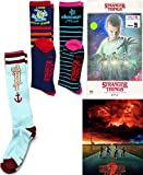 Ahoy! Hawkins Season 1 Stranger Things in 4K Blu Ray Exklusives VHS Retro Paket mit Poster + Tube Socks Camp Know Where + StarCourt Mall & Scoops 3er-Pack Netflix Serie 2-teilig