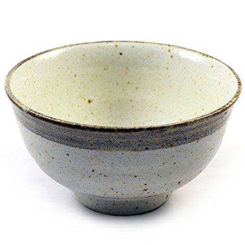beige-smaltata-ciotola-di-ceramica-giapponese