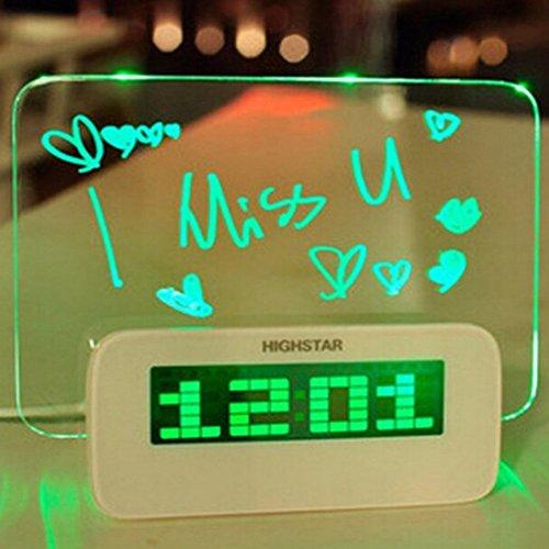 Uhr Wecker Multifunktions-LED Digital Wecker/Kalender/Thermometer + Fluoreszierende Memo Board + Textmarker, mit 4 USB-Ports, ideales Geschenk als Geschenk für Familie/Eltern/Kinder/Freunden(Grün)