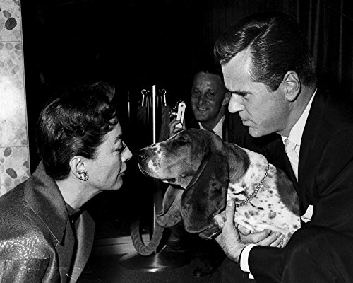 The Poster Corp Joan Crawford and Jackie Cooper with a Dog Photo Print (76,20 x 60,96 cm) (Joan Cooper)