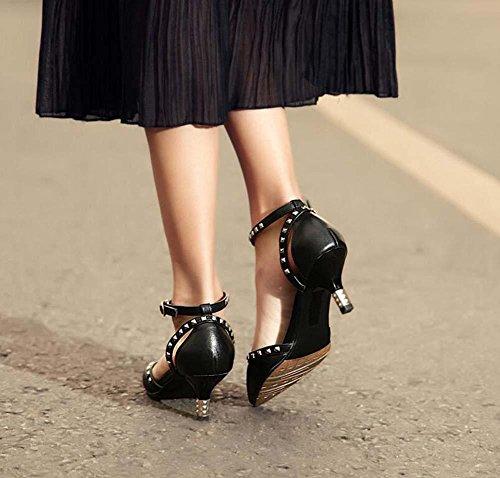 Pompa 5,5 centimetri Heel del gattino vera pelle D'Orsay Punta punta Cinturino alla caviglia sandali Scarpette Scarpe da sera Donne Semplice Stiletto Rivetti di metallo Ol Scarpe casual Scarpe da lavo Black