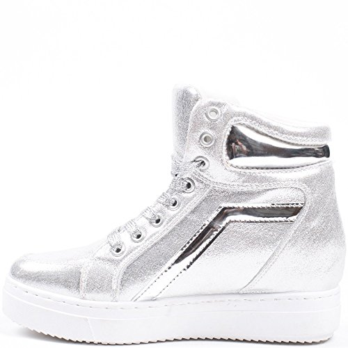 Ideal Shoes – Sneaker perlati con suola in gomma Acelia Argento