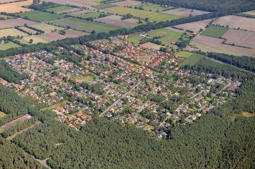33bf5e052ea MF Matthias Friedel - Luftbildfotografie Luftbild von Danziger Straße in  Brietlingen (Lüneburg)