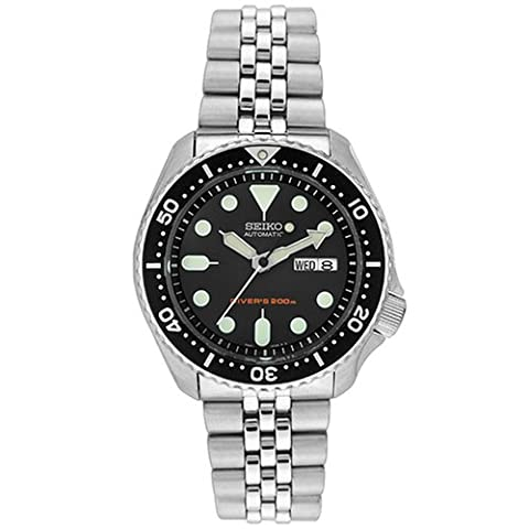 Seiko Men's Automatic Watch with Black Dial Analogue Display and