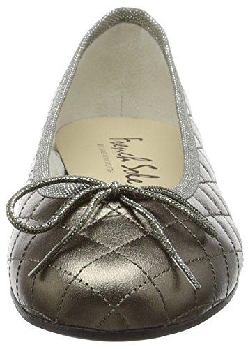 French Sole Henrietta Patent Quilt, Closed Toe Ballet Flat femme Gris/étain