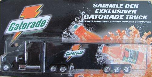 gatorade-nr01-sammle-den-exklusiven-gatorade-truck-freightliner-fld-120-us-sattelzug