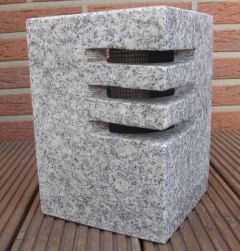 solarlampe-granit-mit-einkerbungen-grau