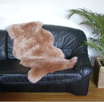Preisvergleich Produktbild australische Doppel Lammfelle aus 1,5 Fellen camel gefärbt, voll waschbar, ca. 140x68 cm