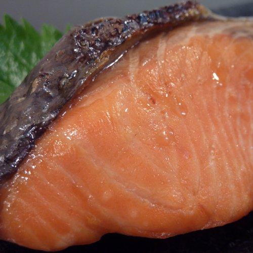 魚水島 「天然」塩紅鮭(サケ)「半身」甘塩