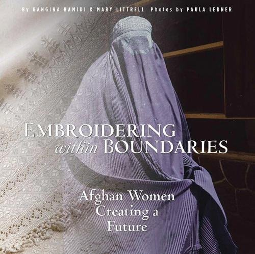 Von Mädchen Kostüm Für Gruppen - Embroidering Within Boundaries: Afghan Women Creating a Future
