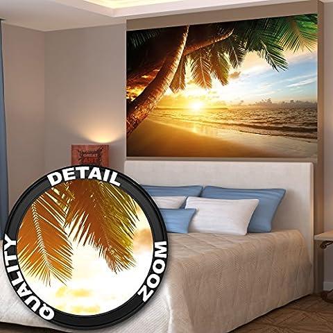 Papier peint qui montre une plage de sable avec le coucher du soleil - image murale du paradis avec des palmiers et la mer - décoration murale XXL qui montre une plage 140 cm x 100 cm