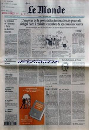 MONDE (LE) [No 15743] du 07/09/1995 - LA CROISSANCE DE L'ECONOMIE A FLECHI AU DEUXIEME TRIMESTRE - POURSUITE DES BOMBARDEMENTS EN BOSNIE - L'ACCESSION A LA PROPRIETE - GUNTER GRASS, LE PROPHETE ANACHRONIQUE - LA VIOLENCE EN CORSE - L'EDITORIAL DU MONDE - L'AMPLEUR DE LA PROTESTATION INTERNATIONALE POURRAIT OBLIGER PARIS A REDUIRE LE NOMBRE DE SES ESSAIS NUCLEAIRES - LA LLOYDS BANK CONDAMNEE POUR CONSEIL HASARDEUX PAR MARC ROCHE - INACCEPTABLE PAR JIM BOLGER +¦ DICTIONNAIRE PERMANENT SOCIA par Collectif