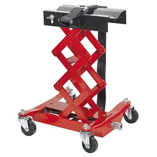 Min./Max. Altura de asiento: 195/585mm. Dimensiones de la base: 400x 420mm). Fácil de usar mecanismo de tijeras, que es Con pilas, de mano para precision cuando de la unidad de transmisión. El sillín está equipado con una correa de cincha con hebi...