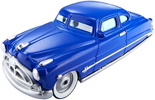 Mattel Disney Cars DHF51 - Die-Cast Farbwechsel Fahrzeug Doc Hudson