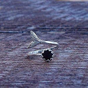 Bottled Up Designs Recycelte antike schwarze Depression Glas Meerjungfrau Ring aus Sterling Silber