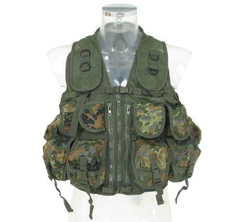Taktische Weste / Einsatzweste -Infantrie- mit 9 Taschen und Basis aus Netzgewebe - flecktarn des Herstellers Mil-Tec