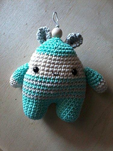 Mr. Bear: pupazzo portachiavi amigurumi fatto a mano.